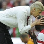 p72-Wenger-kissing-Sagna-2